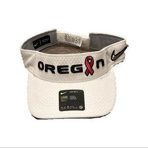 NWT Oregon Ducks Nike Cancer Awareness Visor Hat